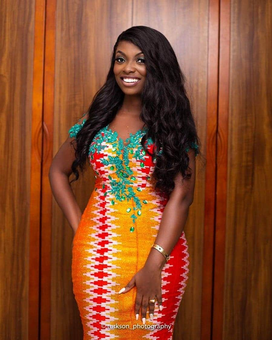 50 Kente Styles for Engagement, Graduation. (Photos) 4