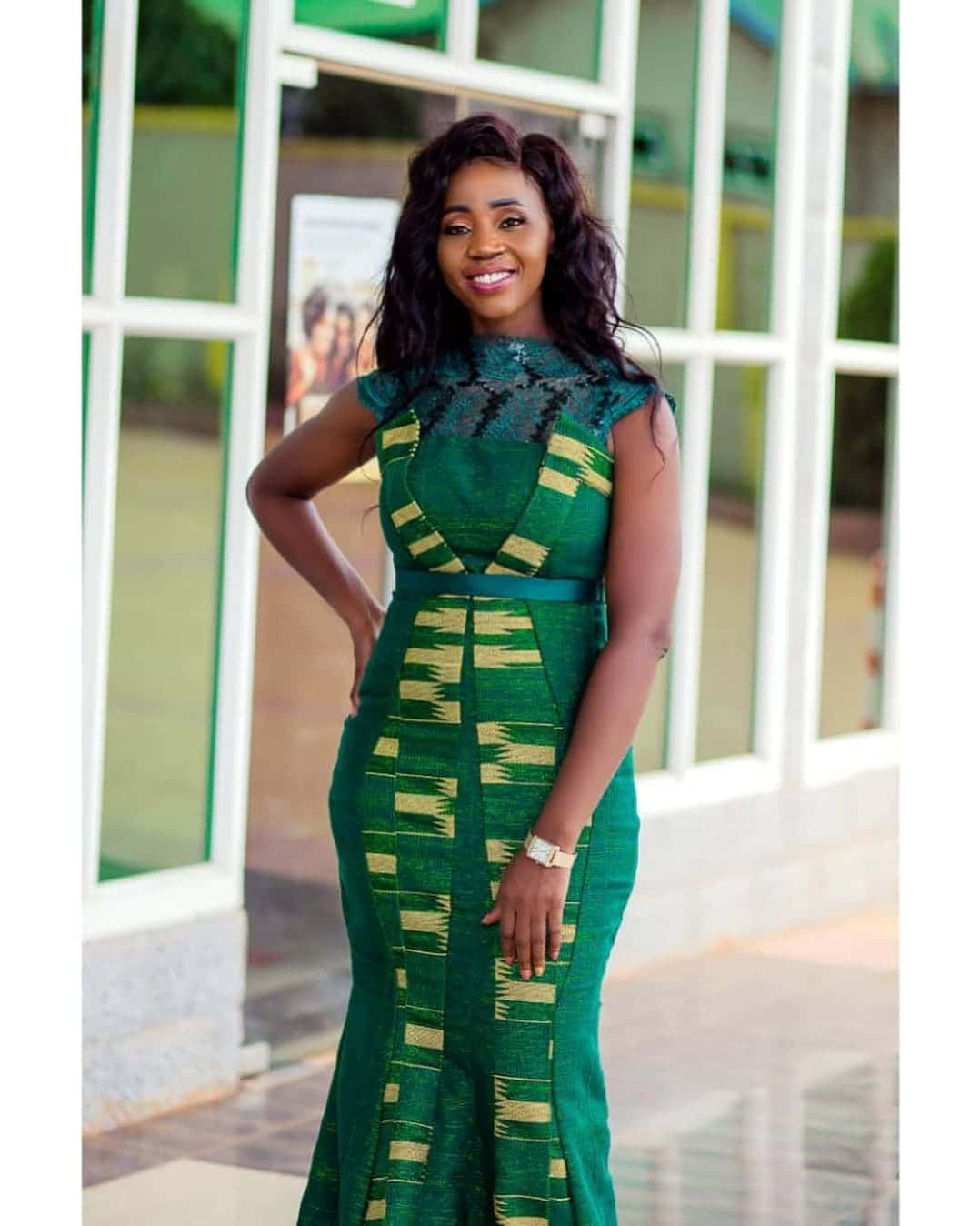 50 Kente Styles for Engagement, Graduation. (Photos) 3
